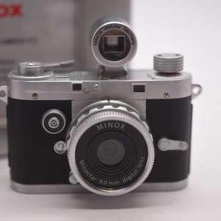 Minox 5.0mp from Germany
