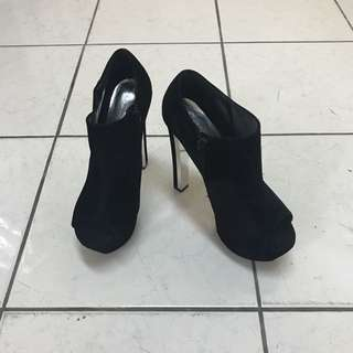 Black Heeled Boots (3 inches heels)