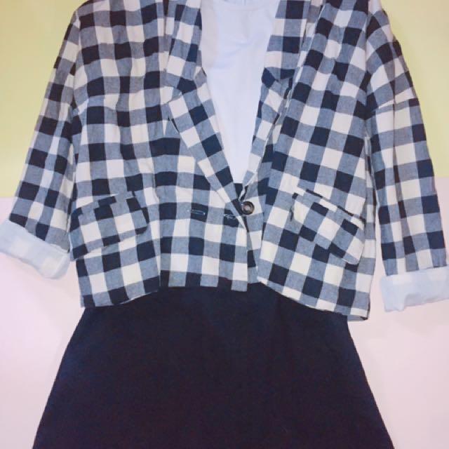 格紋雙排釦短版外套