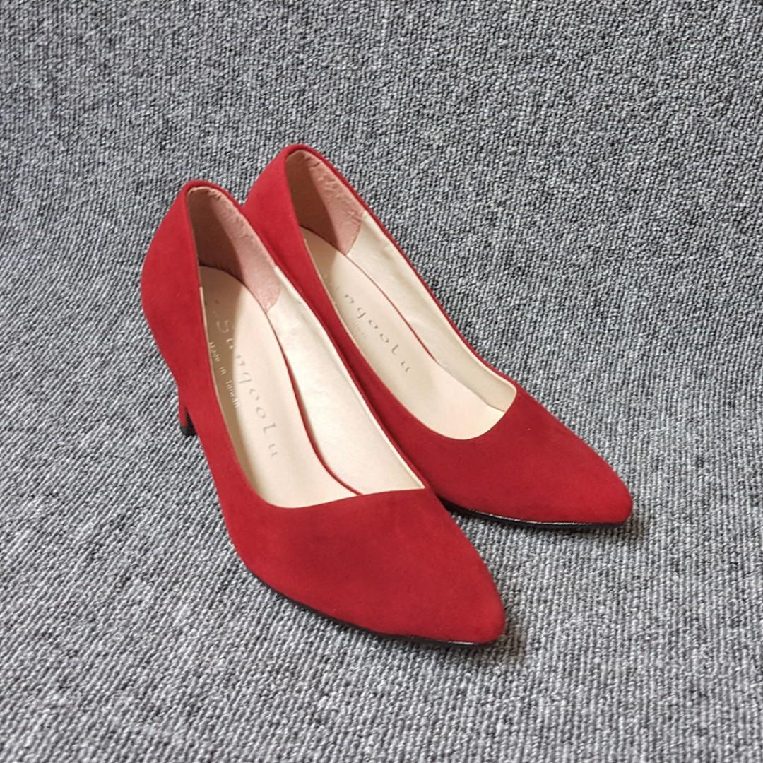 細絨布糖果色彩斜切輕熟女高跟鞋(紅.米.黑三色)