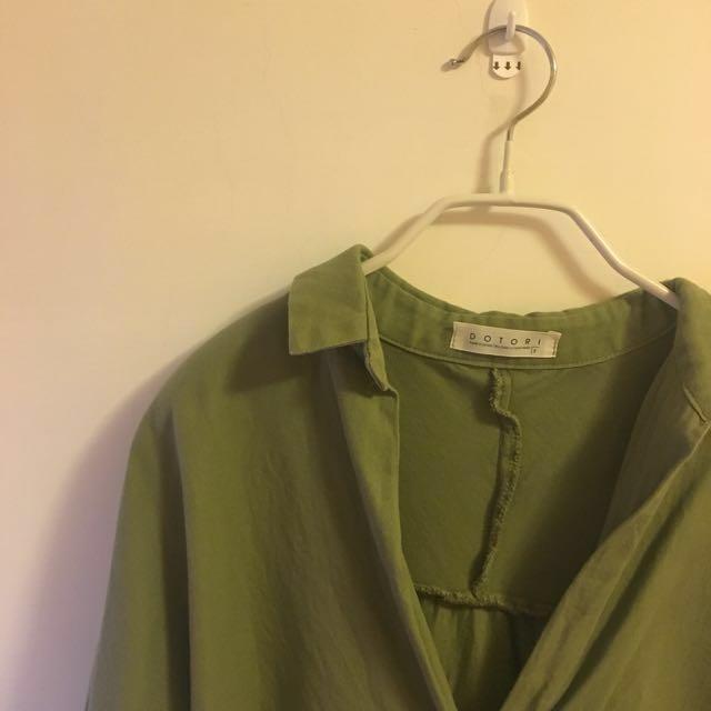 二手衣 正韓製 v領前短後長 長版襯衫  #四百不著涼