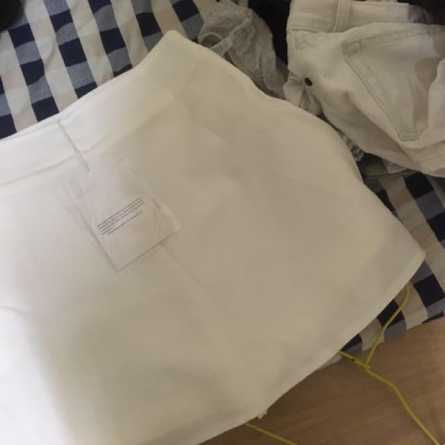全新有吊牌褲裙白色短裙A字裙
