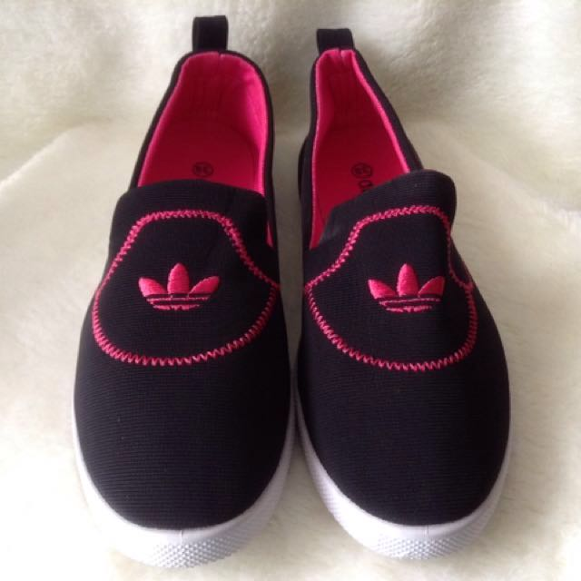ADIDAS SLIP ON SHOES PINK