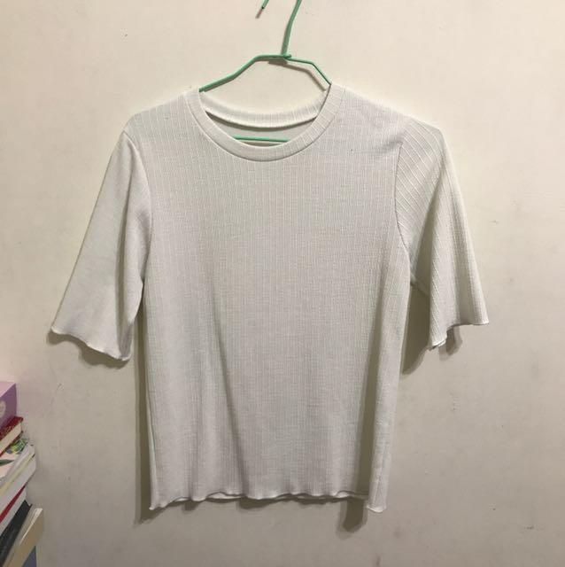 Ajpeace購入 貼身條文白色五分袖上衣
