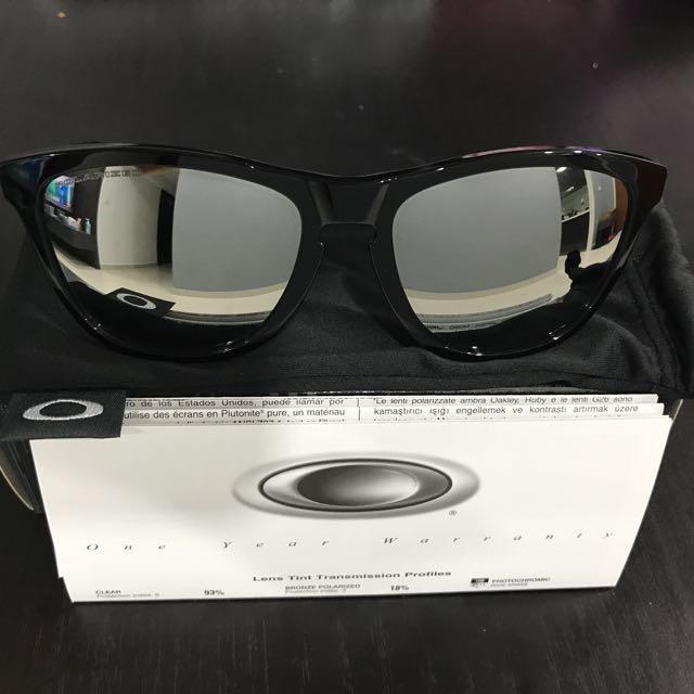 462031f3c5c4 oakley frogskins lx black Authentic Brand New Oakley Frogskins LX Black  Frame With Black .