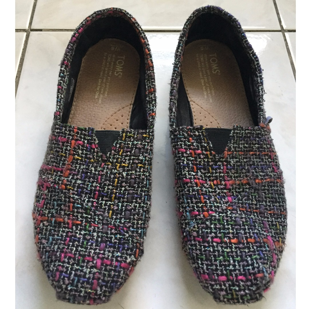 Authentic TOMS slip-ons for Women