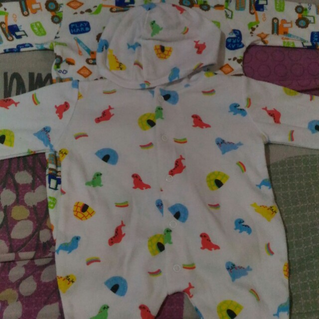 Take all Baby Starter Frog Suits NB onesie