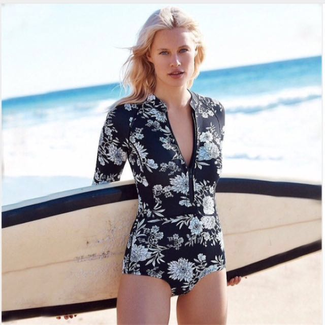 Black Women Rashguard Swim Top Rash Guard Swimwear Long Sleeve Shirts Surfing Diving Sunscreen Quick Dry Zip One-piece Swimsuits
