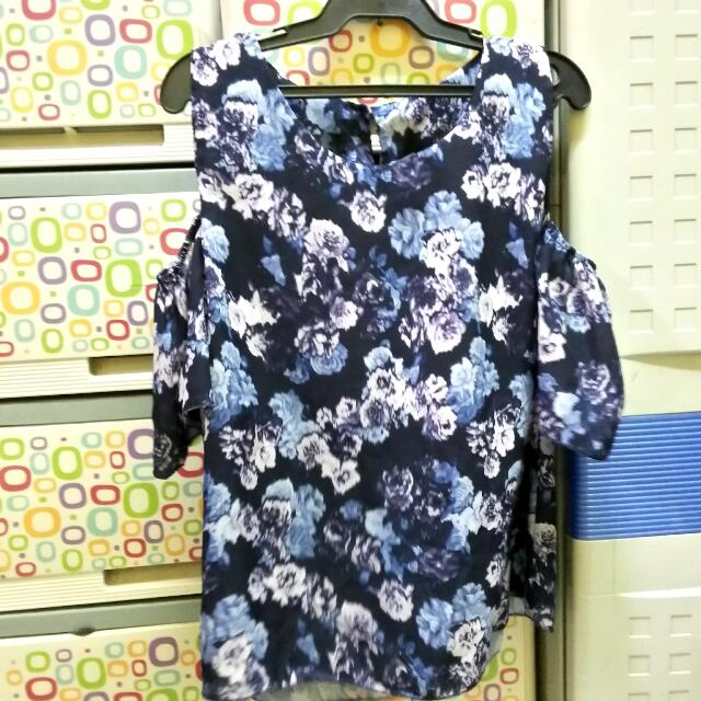 Repriced!!! 30php Off! Blue Floral Cut-out Top