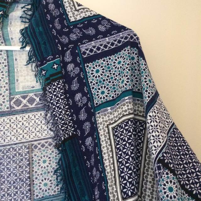 Blue patterned kimono