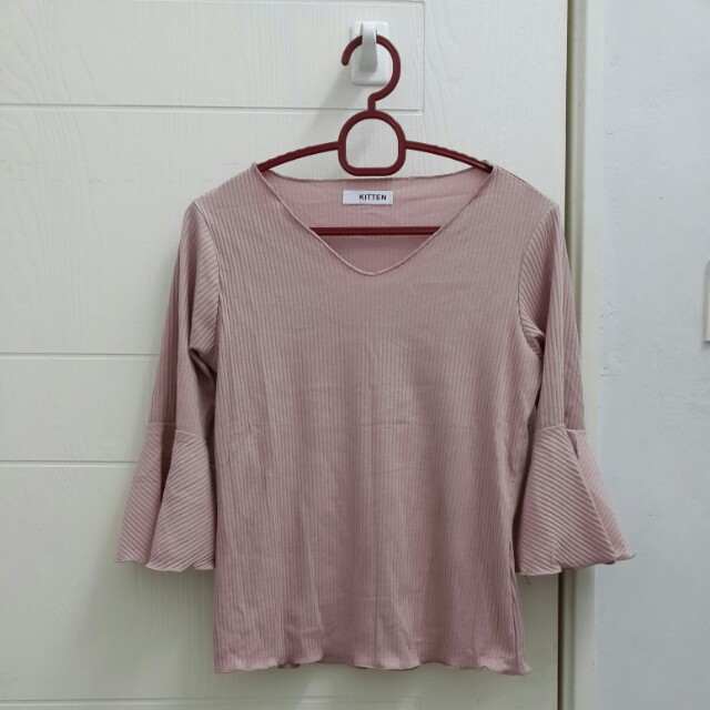 [BN] Dusty Millenial Pink Knitted Stretchable Long V Crew Neck Bell Trumpet Flare Butterfly Sleeve Korean Kpop Trending Scallop Trim Top Blouse Shirt