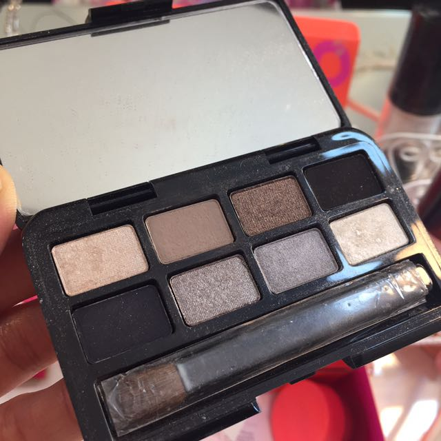 Bobbi brown eyeshadow pallette