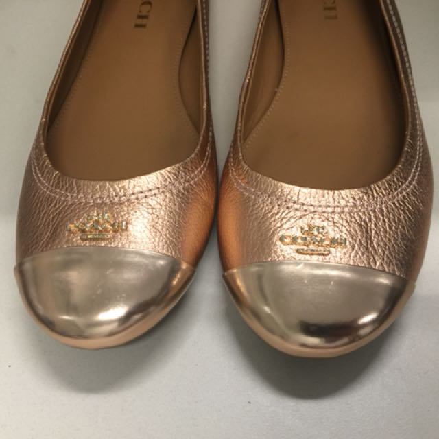 BRAND NEW! Authentic COACH Chelsea rose gold metallic leather flats (size 7 - 7.5)