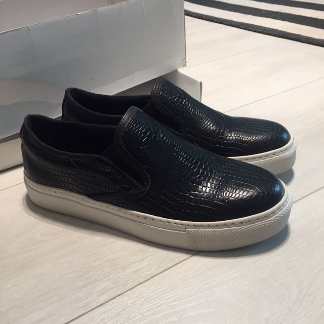 Brand new faux leather slip ons - US 7