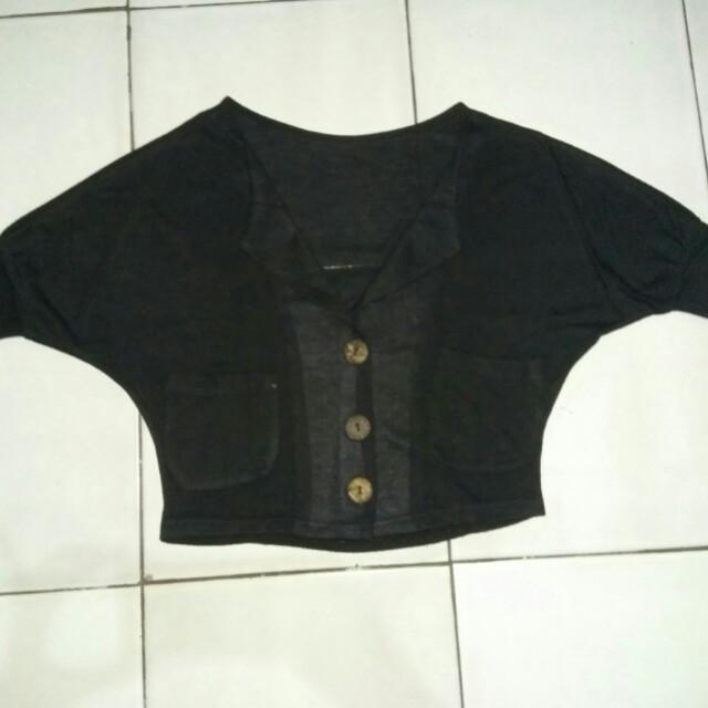 Cardigan croop hitam
