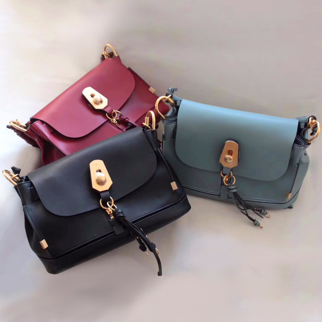 80667c014bd4 Chloe Owen Bag With Flap, Luxury, Bags & Wallets on Carousell