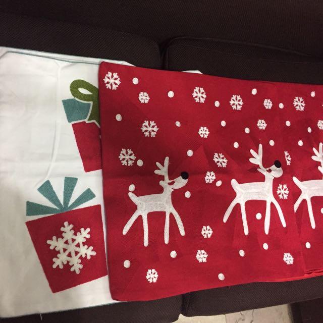 Christmas-themed Pillowcase (Set of 4)