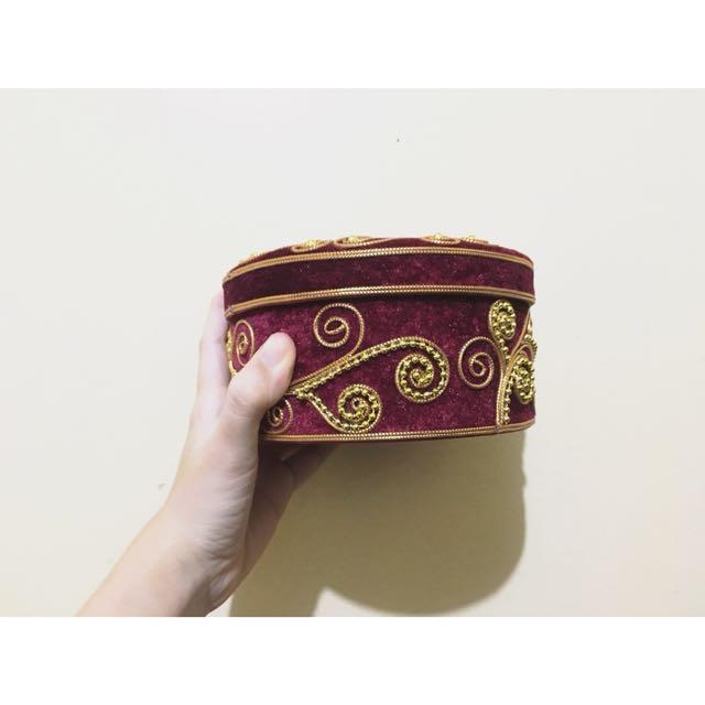 Circular Velvet Gift Container