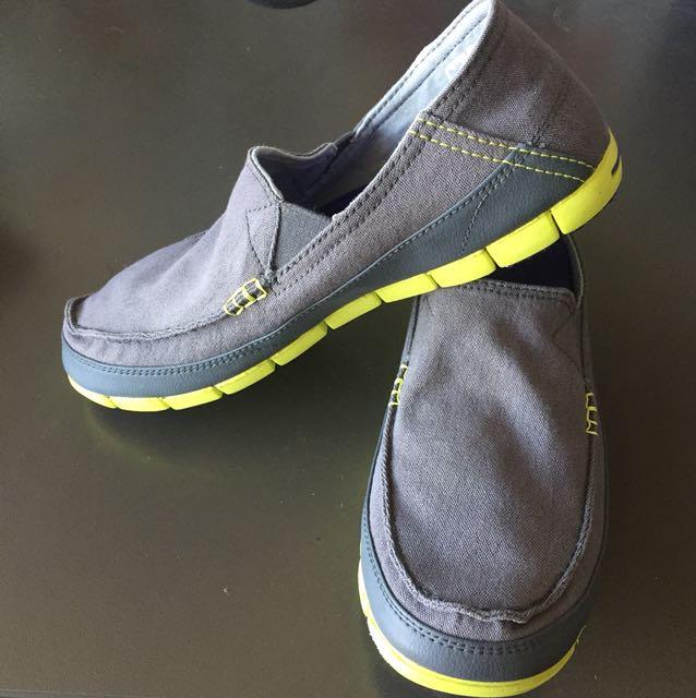 CROCS stretch sole men loafers sz9