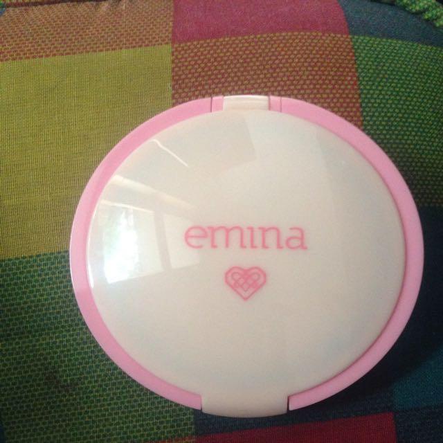 Emina City Chic