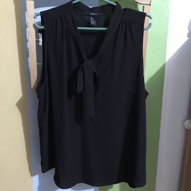 F21 Black Sleeveless