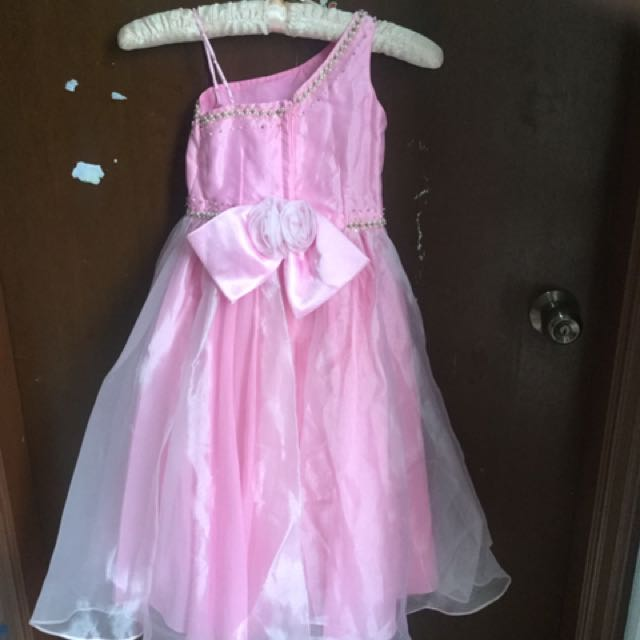 Girls Party Dress 6-8 years, Babies & Kids, Girl\'s Apparel on Carousell