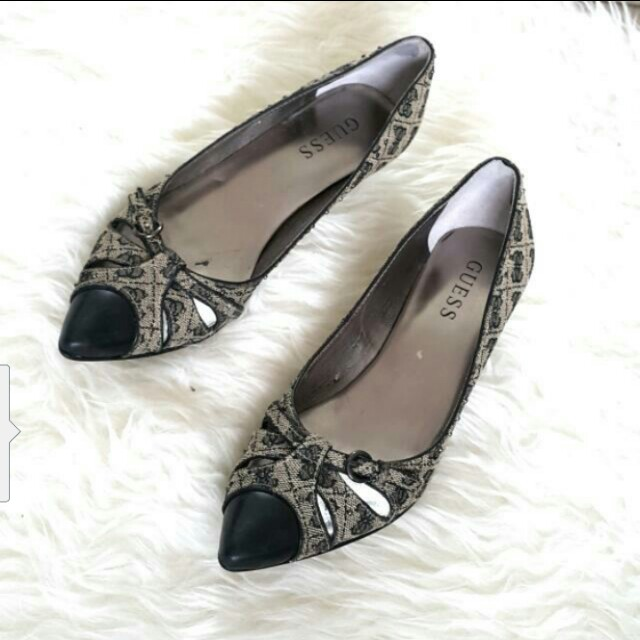 Guess shoes size 6 atau 38