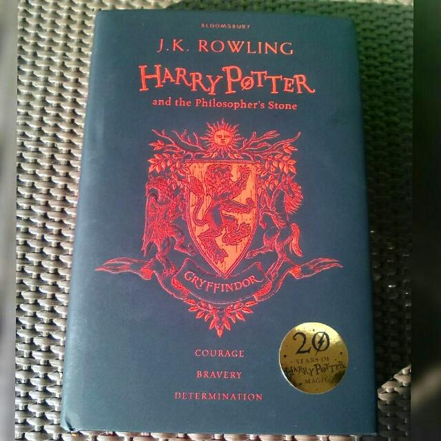 Harry Potter And The Philosopher's Stone Special Edition (Gryffindor)