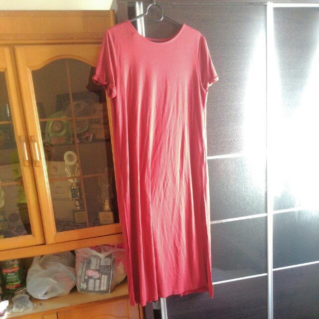 High Slit Nichii Dress