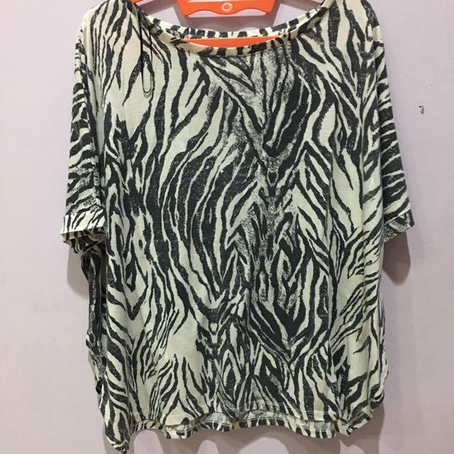 H&M zebra top