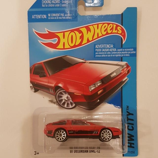 Hot wheels Delorean DMC 12