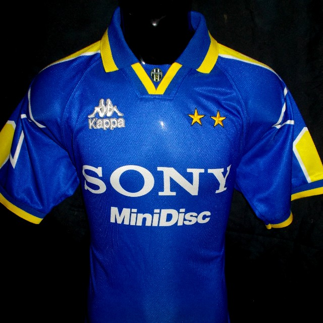 huge discount ccfe2 dc48a Juventus 1997 Final UCL away jersey M