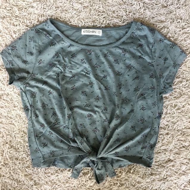 Kitschen Cropped Knot T-shirt