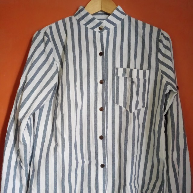 Long sleeves stripes