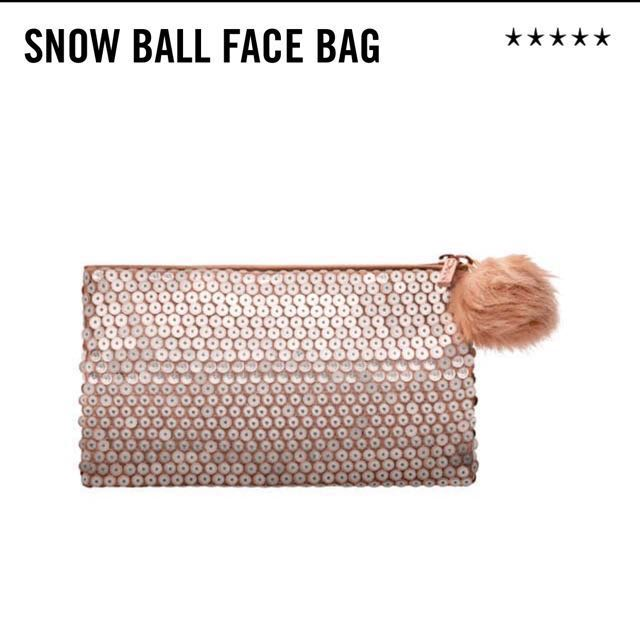 MAC Holiday Exclusive Bag