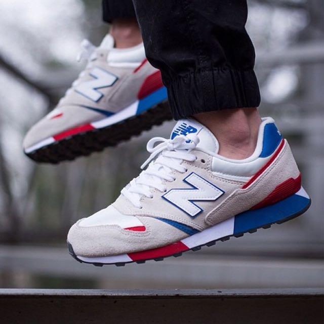 New Balance 紅藍拼接運動球鞋