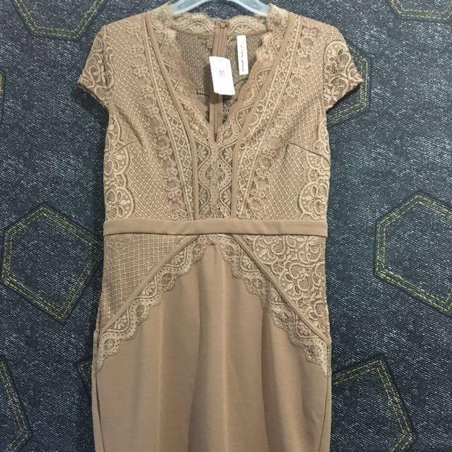 *NEW* M for Mendocino Nude Lace Mini Dress (Sz L)