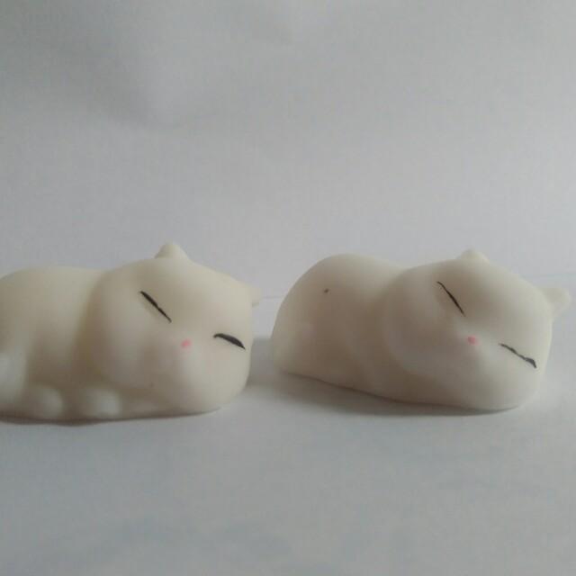 (New) Moni Moni Mochi Seal Squishy Termurah Kucing Tidur