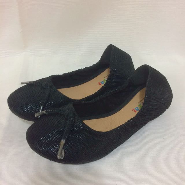Pitter-Pat Black Flats