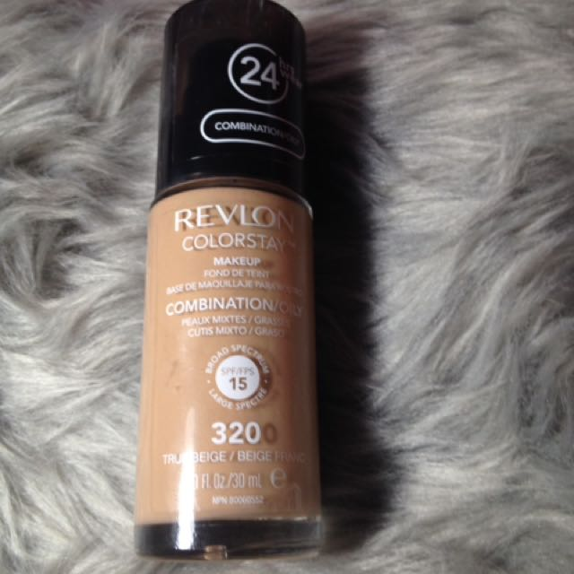 Revlon Colorstay Liquid Foudation