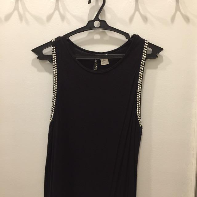 SALE!!! H&M black sleeveless top with rhinestones