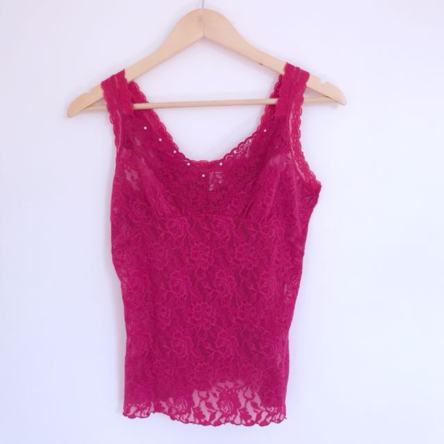 Sleeveless Lace Inner Top