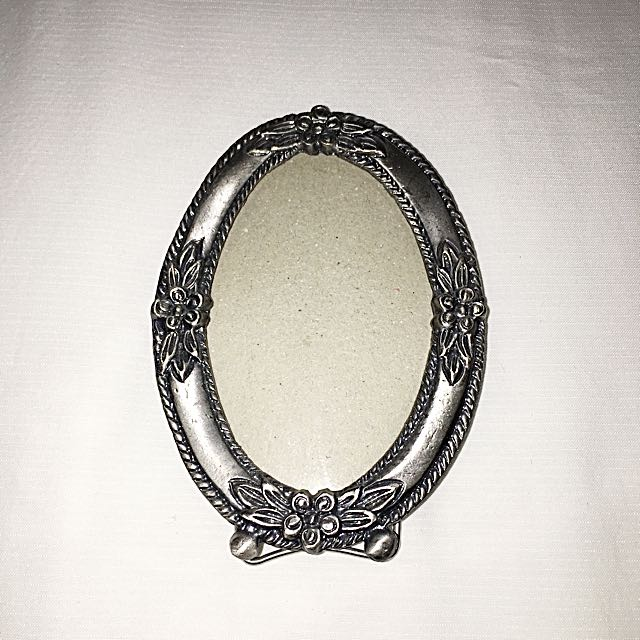 Small Pewter/Metal Picture Frame
