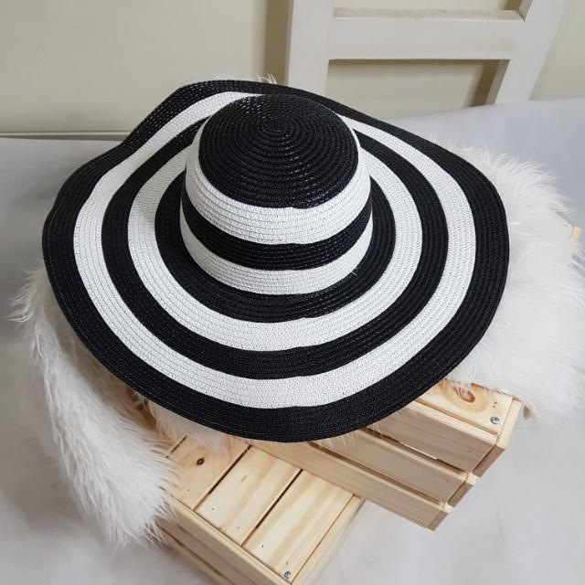 Topi Pantai Floppy Hat Dewasa - Info Daftar Harga Terbaru Indonesia 0d1e469c08