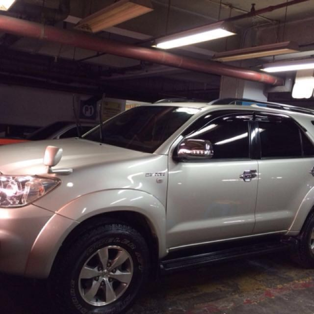 Toyota Fortuner 2,7 G Lux tahun 2007
