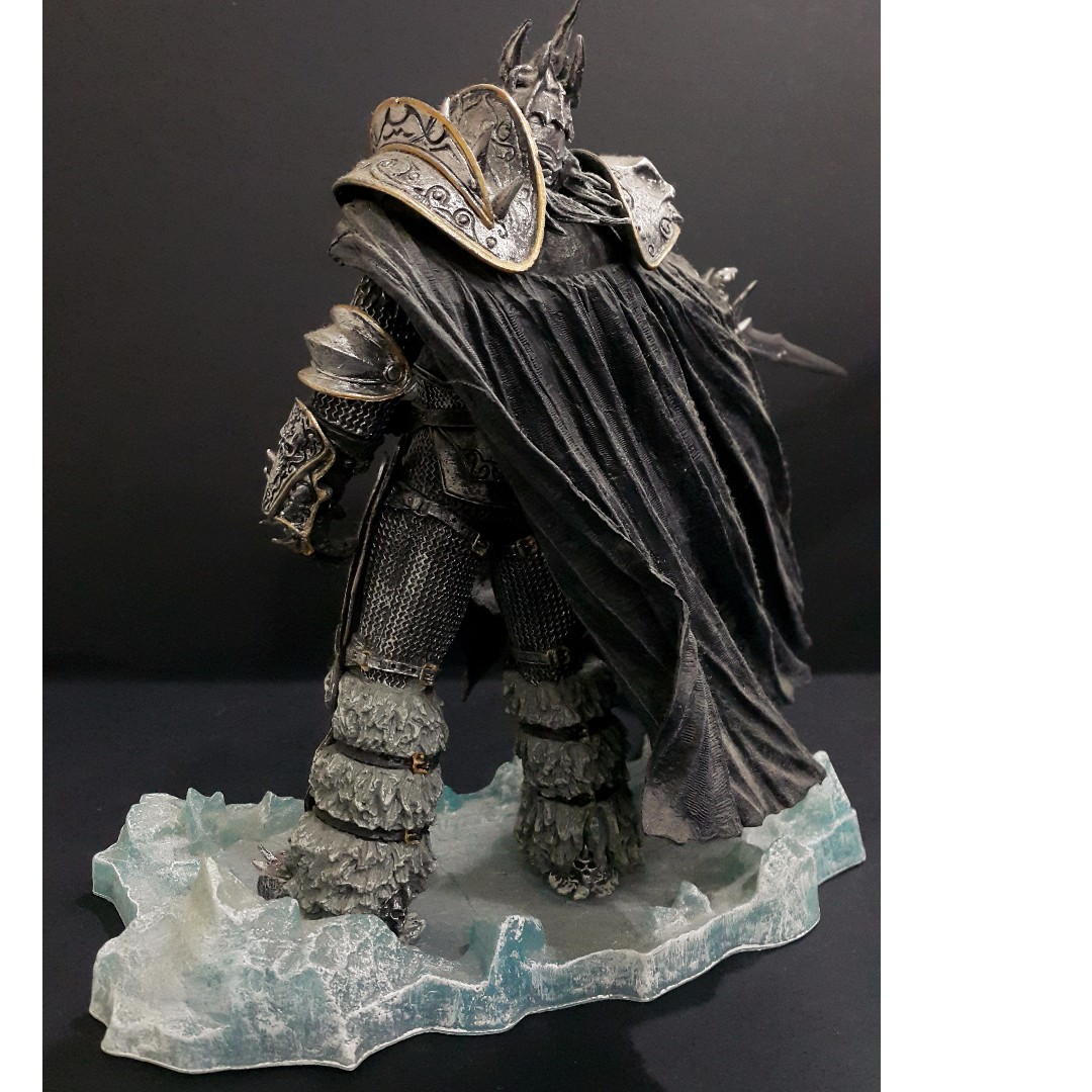 Toys Wow Deluxe Collector Figure The Lich King Arthas