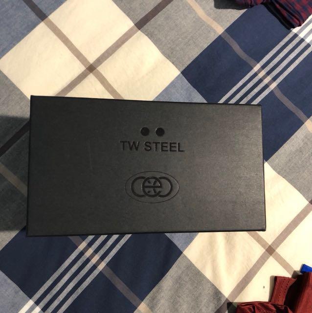 TW STEEL dual watch box
