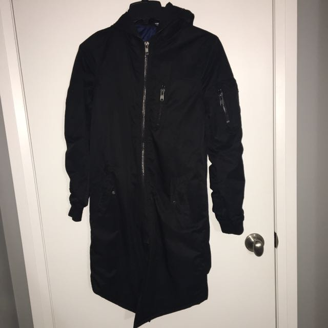 Water Resistant Full Zip-up Coat