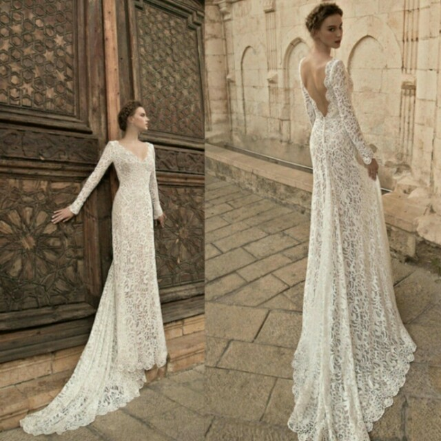 Wedding gown/party gown