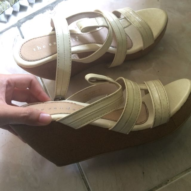 Wedges thesandals